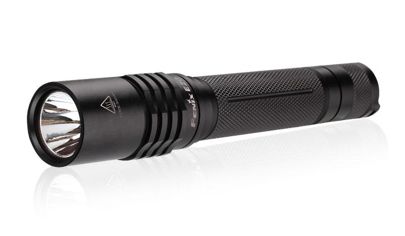 Ruční svítilna Fenix E20 XP-E2265 lumenů